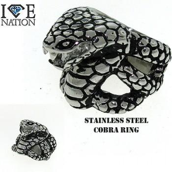 STAINLESS STEEL COBRA RING